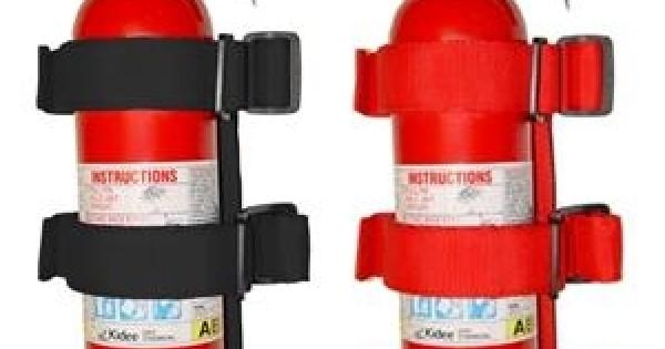 "Rugged Ridge 63305.21 Black Fire Extinguisher Holder for 1/""-3/"" Roll//Sports Bars"